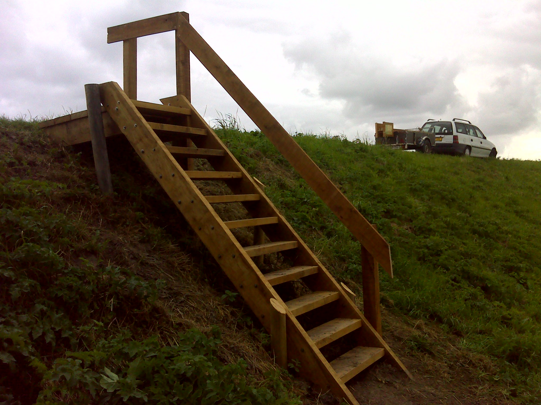Trappen en vlonders lizard point routemarkeringen - Trap in een helling ...